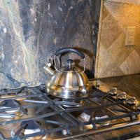 Cooktop with Capolavoro backsplash